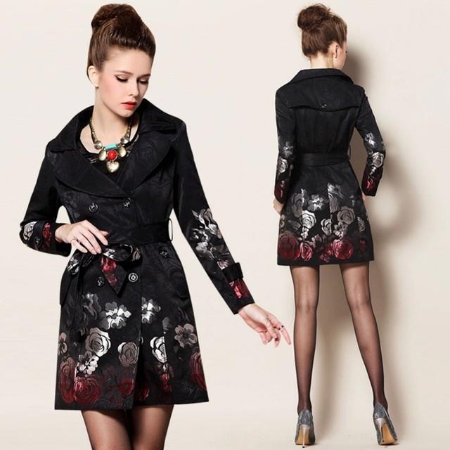 2016 Otoño Flor de Largo Abrigo de Doble Botonadura Trench Coat para la Mujer Negro Bordado Capa Del Cabo Femenina Aumentó Jacquard Capa Outwear