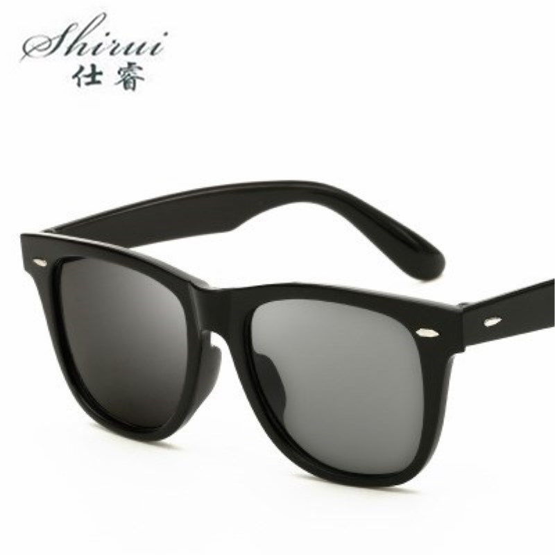 New Fashion Unisex Square Vintage HD Lens Sunglasses mens Women Rivets Metal Design Retro Sun glasses zonnebril dames okulary