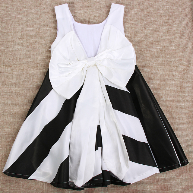 e3776affa Girl Summer Baby Girl Boutique Dress Sleeveless Stripe White Black A-line  Big Bow Girl Clothing Princess Dress