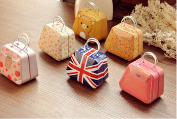 Mini Gift Packing Tin Box Handbag Jewelry Storage Iron Box Candy Earphone Ring Metal Container Small Decorative Craft Box