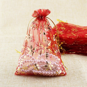 Image 5 - De bolsas de embalaje de accesorios cuentas bolsas Bolsas de dulces de Navidad cordón bolsa de regalo de organza de regalo nieve bolsa 1000 unids/lote