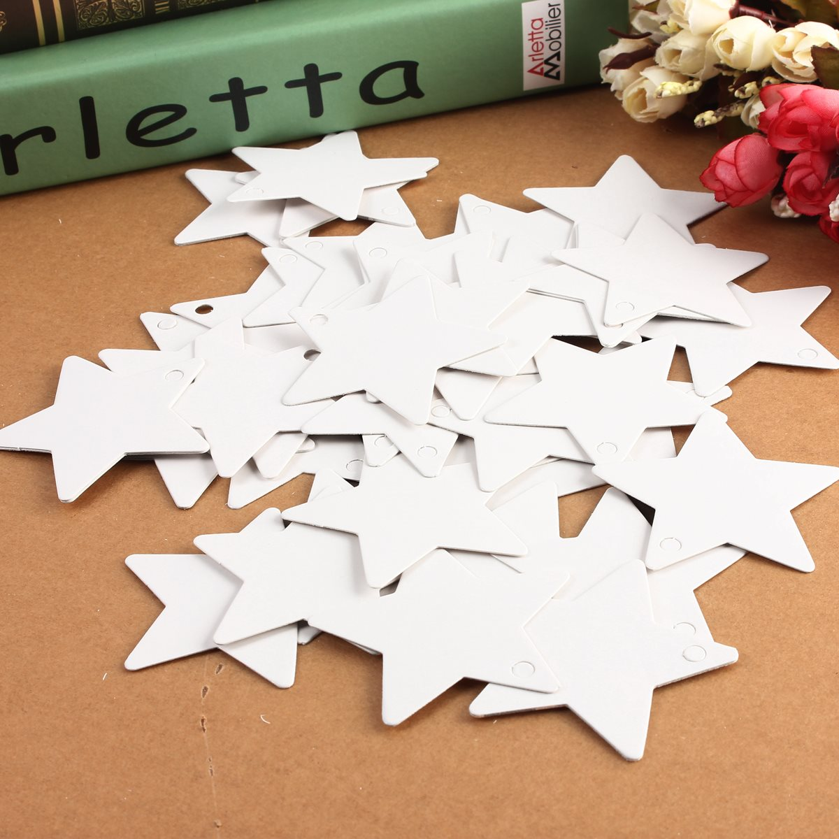 50 pcs/lot White Kraft Paper Tags Stars Blank Wedding Party Favour Gift Pricing Label Card Etichette Luggage Labels