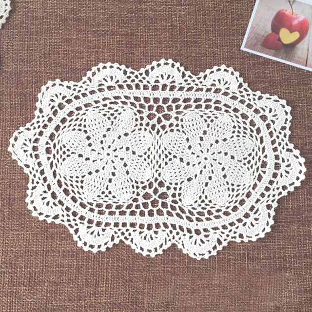 Yazi 4pcs Handmade Cotton Hollow Floral Oval Placemat Doily Pads