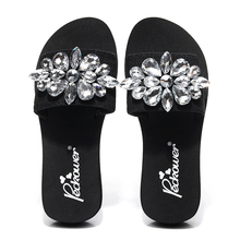 2018 Shoes Slides Fashion Sandals Summer Shoes Wedges Rhinestone casual shoes women Slippers