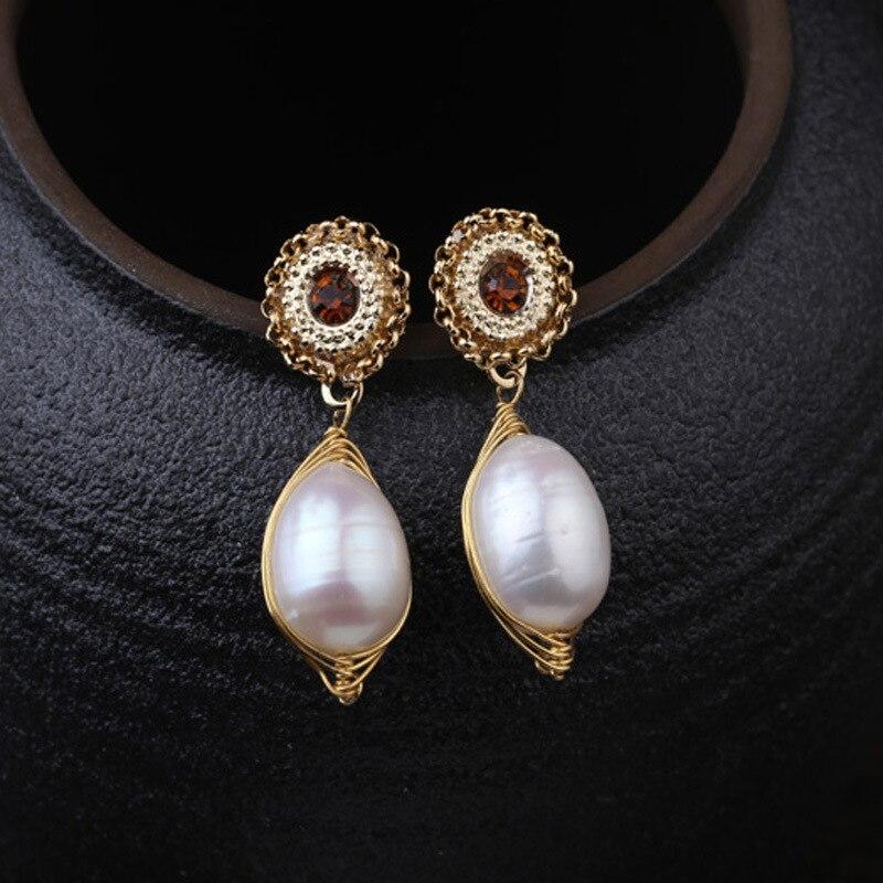Nouvelle mode, perle d'eau douce tissée à la main avec des accessoires de boucles d'oreilles en Zircon.