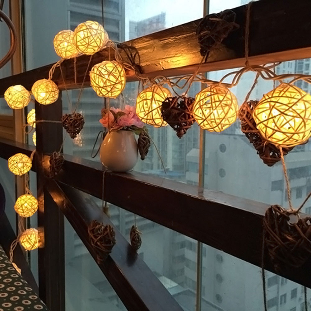 Romantic 20 LED Wicker Rattan Ball Socket Light String Strip Christmas Wedding Party Holiday Curtain Garden Lamp Garlands Decor