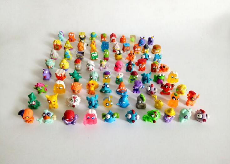 60pcs/lot Colorful cartoon anime action figure toy2-3cm, PVC soft garbage trash pack model toy for children, randomly sending