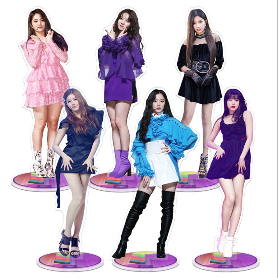 Kpop GIDLE Members Standing Action Table Decor Minnie Yuqi Acrylic Figure Doll Fan Gift