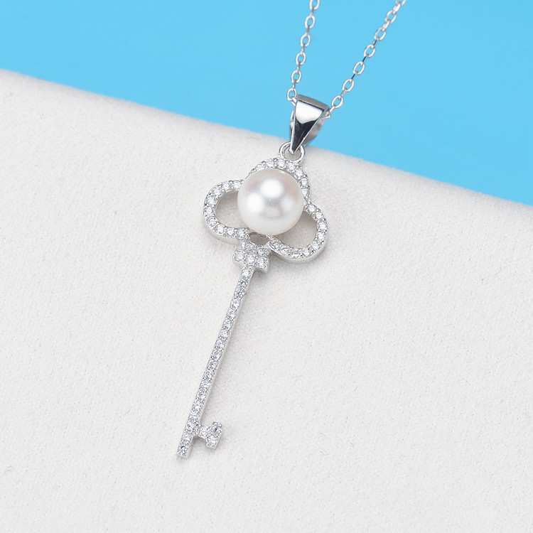 Hot Sale Design Fashion natural Pearl Crystal Key Pendant Necklaces for Women Girls Jewelry Christmas Gift nandudu fashion necklace rose wire mesh flower crystal pearl pendant necklaces gift for women cn165