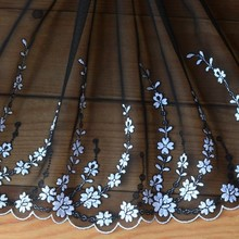 High-quality Lace accessories The bottom of the black yarn white gauze embroidery lace 18 centimeters wide H1802