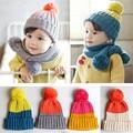 Sombreros del Invierno del bebé de Punto 1-5 años Niñas niños Sombrero con Bola de pelo de Colores Head Cap Niños Niño Caps Bufanda de Punto Rojo Rosa