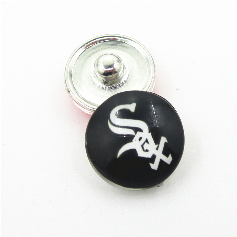 20pcs/lot USA Team Chicago White Sox Snap Button Charms DIY 18mm Baseball Sports Ginger Snaps Bracelets Necklace Jewelry