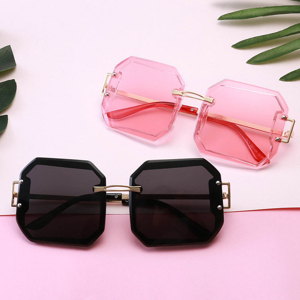 Ladies Square Green Red Sunglasses 2019 New Oversized