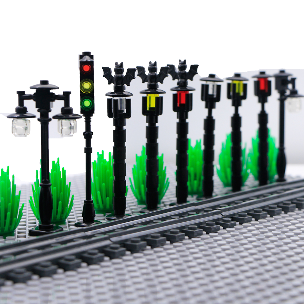 Bricks City Military Accessories Street Light Traffic Train Lamp Road Toy WW2 Mini Compatible LegoINGlys Figures Building Blocks