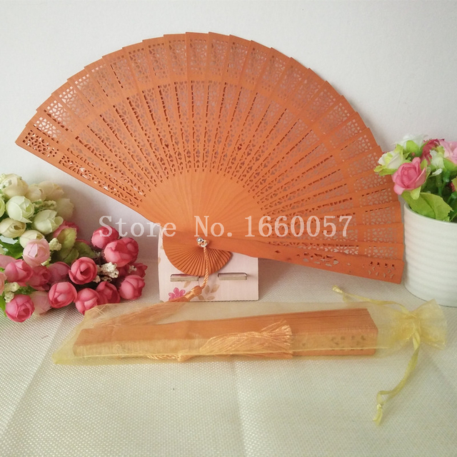 100pcs Personalized Colorful Sandalwood Cutout Fans Wedding Favor Gift Wood Hand Folding Customized Engrave