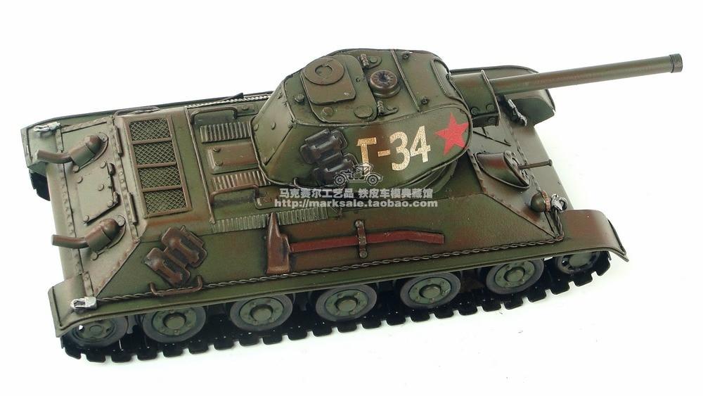Ev ve Bahçe'ten Heykelcikler ve Minyatürler'de Vintage El Yapımı tankı askeri model 1940 Sovyet T 34 MBT antika el sanatları'da  Grup 3