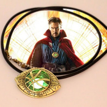 Dr Doctor Strange Eye of Agamotto Amulet Men GLOW In THE DARK Pendant Necklace