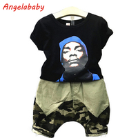 Chłopcy Odzież Zestaw 2017 Lato Nowy Chłopak Dzikie Druku T-shirt + armia Zielony Camouflage Spodnie W Spodnie 2 Sztuk Dla Dzieci Clithes garnitur