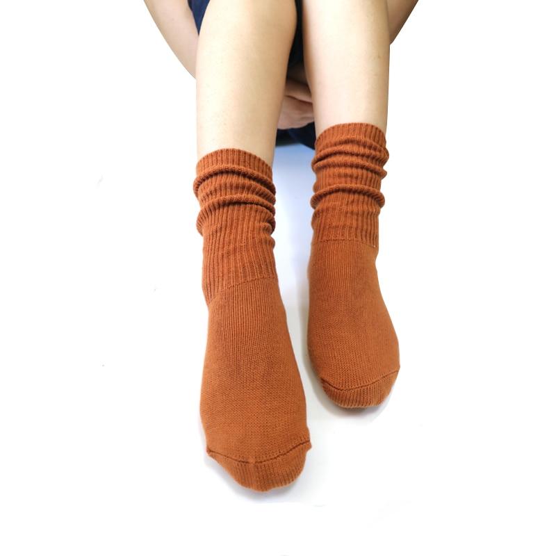 1 Par Meias das mulheres Bonito Longo Cor Sólida Outono Inverno Meias Para As Mulheres Meias de Natal Quente Sokken Feminino Meninas Calcetines
