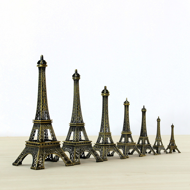 10cm-70cm Metal Eiffel Tower Craft Model Home Decoration Accessories Vintage Decor Retro Antique Bronze Tower Model Room Decor 1