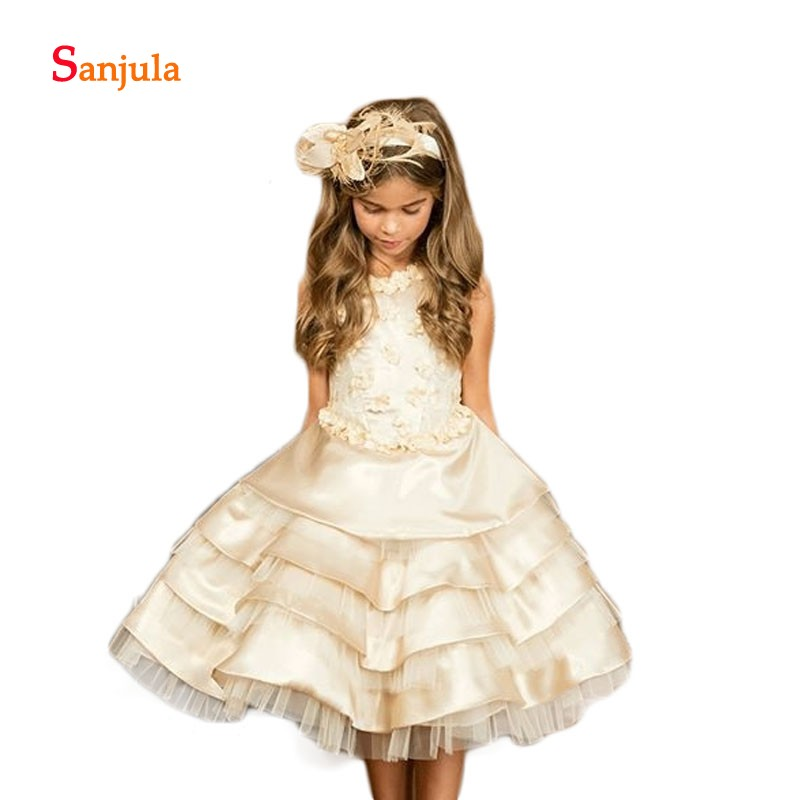 Champagne A-Line Flower Girls Dresses Royal Knee Length Lace Wedding Party Dresses Short Handmade Flowers Tieres Skirt D120