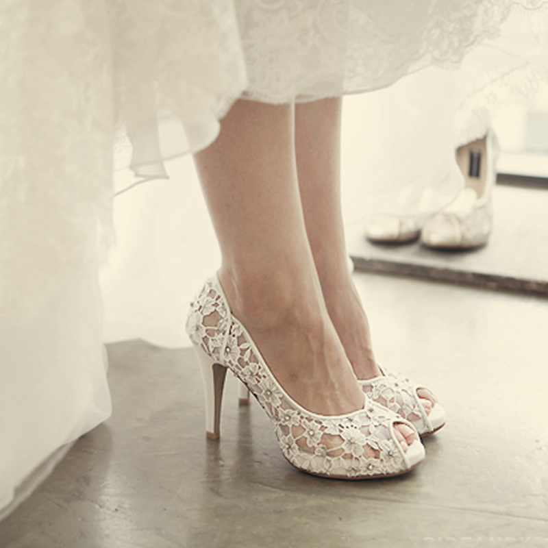 f26ad0854e76 Bling-Bling-Flowers-Wedding-Shoes-Pretty-Stunning-Heeled-Bridal-Dress-Shoes-Peep-Toe-White-Lace-Crystal.jpg