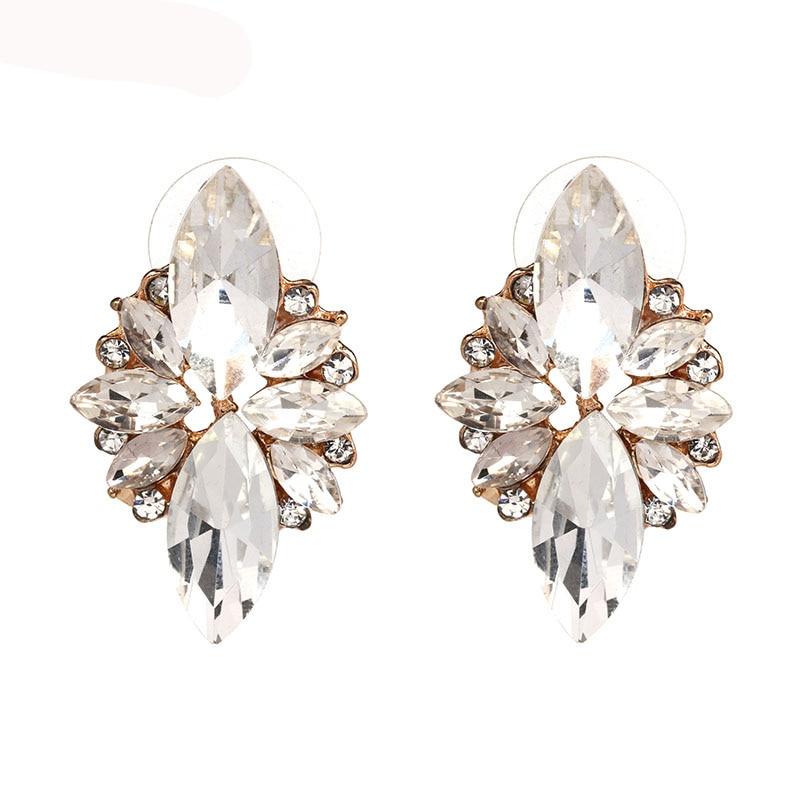4 colors New 2017 fashion HOT women stud earrings crystal vintage korean Earrings trendy cute lovely drip flower shiny wholesale(China)