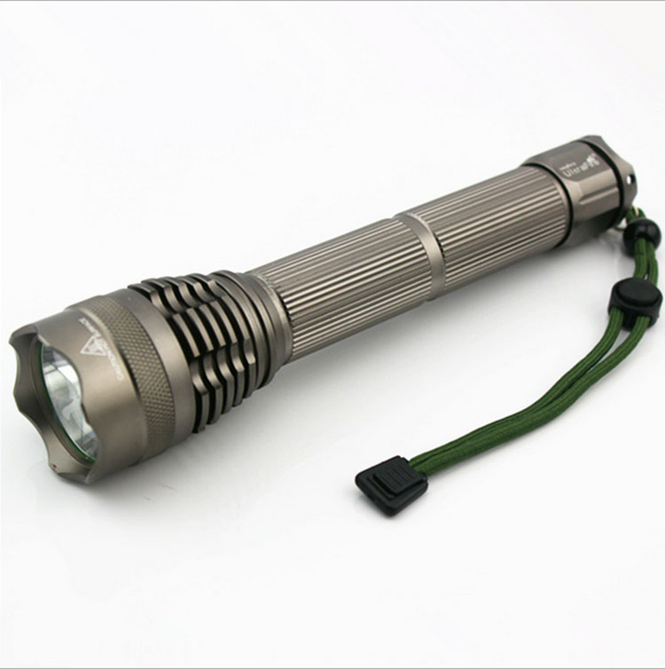 powerful tactical led flashlight t6 5000 lumens use 2 26650 battery rechargeable zoomable. Black Bedroom Furniture Sets. Home Design Ideas