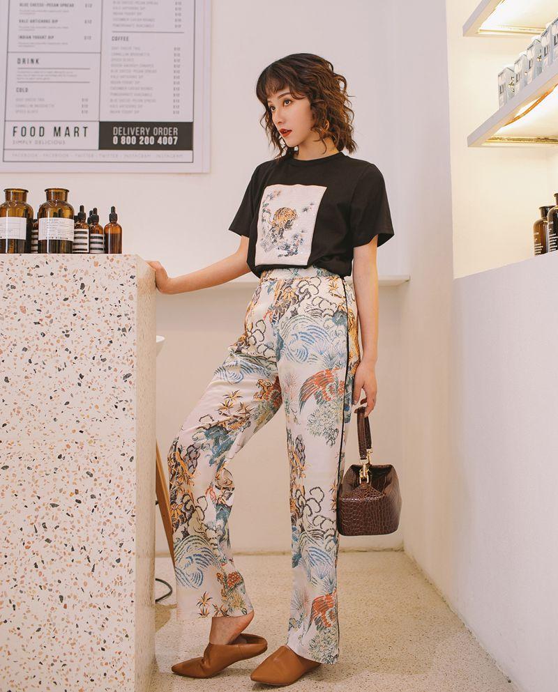 3676 De Moda De Ocio Traje De Primavera Femenina Prendas De Vestir 2019 Nueva Estas Impreso Camiseta Suelta Pantalones Anchos Mujer T61 In