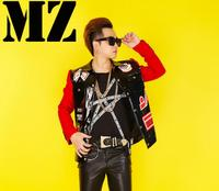 hot Male singer performance costume personality trend men baseball jacket red and black paint leather coat DJ stage costumes