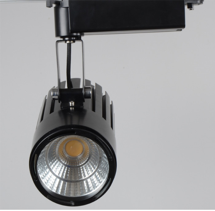 COB led track light 40w 4400LM 220V 110V Led spot lights rail Clothing jewelry showcase industrial track lighting led track light50wled exhibition hall cob track light to shoot the light clothing store to shoot the light window