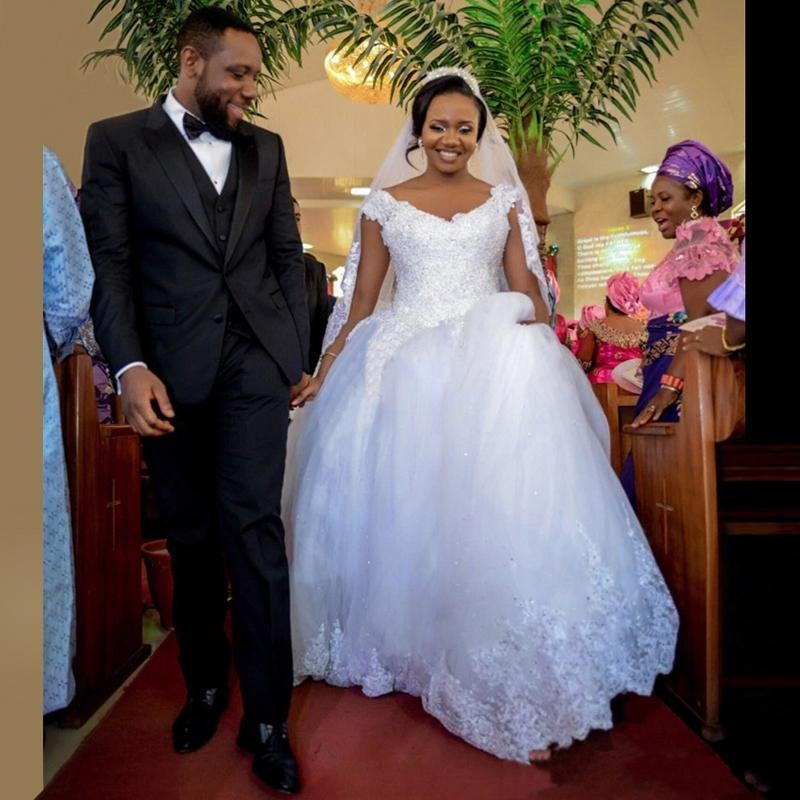 Nigerian V Neck Lace Crystals Ball Gowns Plus Size Wedding Dresses ...