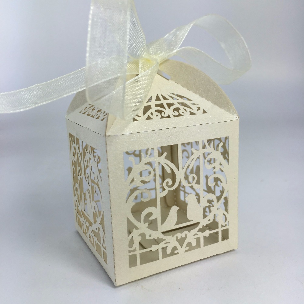 Wholesale Cheap Laser Cut Paper Wedding Favor Candy Box With Ribbon