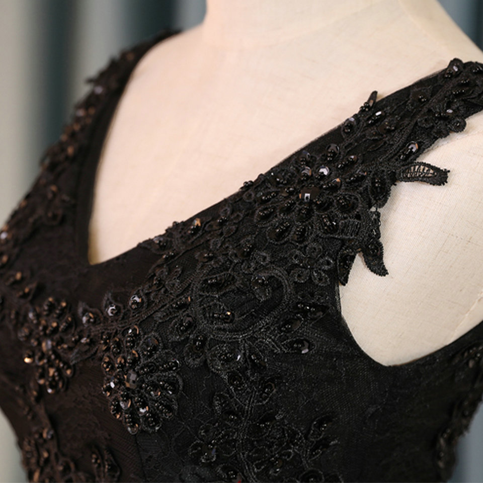 Sexy Black Prom Dresses Short 2018 Burgundy Prom Dress V Neck Appliques Beading Lace Up Cheap Women Cocktail Party Gown Casual 12