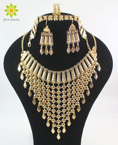 Image 1 - 2020 nowy projekt Dubai złoty kolor moda akcesoria ślubne kostium naszyjnik zestaw biżuteria do strojów afrykańskich zestawy
