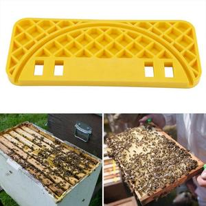 Image 5 - Bienenzucht Schaber Werkzeug Bee Keeper Flache Ausrüstung Durable Kunststoff Honig Eimer Nest Rahmen Regal Nest Milz Bee Hive Schaber C