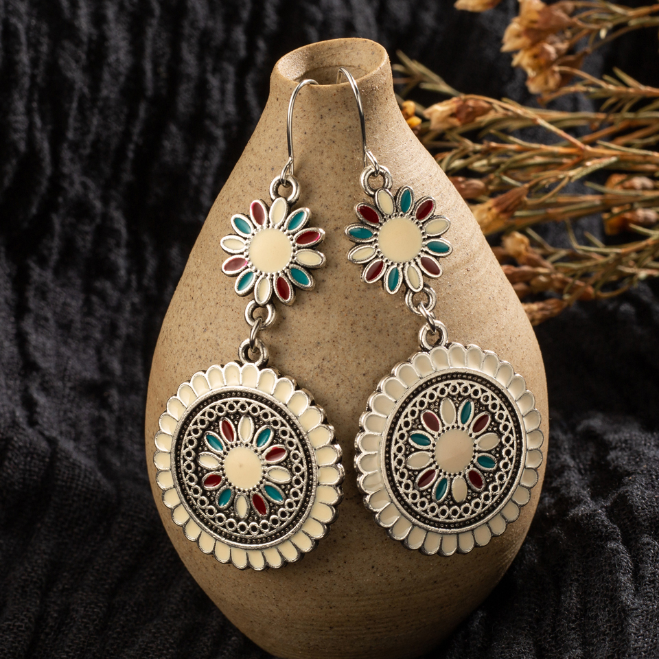 Vintage Ethnic Flower Oil Drop Dangle Hanging Earrings For Women Female 2018 Fashion Lovely Ear Ornaments Jewelry Accessories