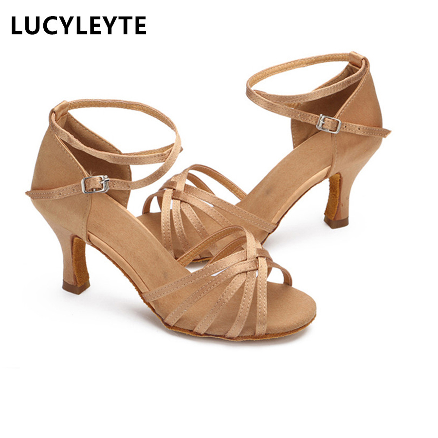 LUCYLEYTE Girls / Women's Ballroom Latin & Tango Dance Shoes Heis Sale Promotion Wholesale 5cm 7cm høye hæler for latiske sko