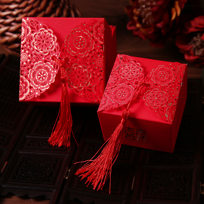 Wedding Preservation Boxes: 50pcs/lot Wedding Hollow Gift Box Favors Candy Storage