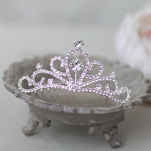 Фотография FreeShipping,Wholesale 6 pcs /lots Girls Crystal Hairbands Flower Girls Tiara Rhinestone Headpieces