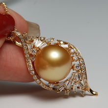Sinya 13mm southsea golden pearl pendant inlay Real high luster diamonds 18K Au750 fine jewelry necklace for women ladies Hot sinya 18k gold necklace with 12mm big southsea golden pearl pendants high luster fashion design jewelry for women ladies gift