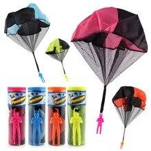 Мини Руки бросали парашют Спорт на открытом воздухе Fly детские игрушки играть солдат парашют весело летать Развивающие игрушки для детей