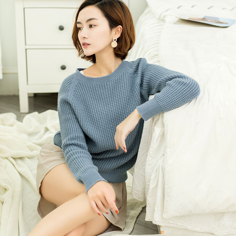 Autumn and winter cashmere sweater female round neck short fashion thick Korean sweater lazy loose large