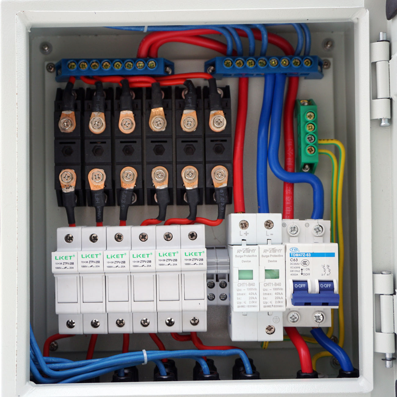 6 String Solar PV Combiner Box W Circuit Breakers Surge Lightning  Protection-in Connectors from Lights & Lighting on Aliexpress.com | Alibaba  Group