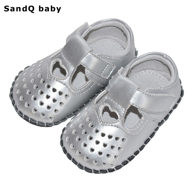 Baby Girls Shoes 2018 New PU Heart-Shaped First Walkers Hollow Out Soft Sole Infant Crib Shoe T-tied Toddler Shoes for Girls