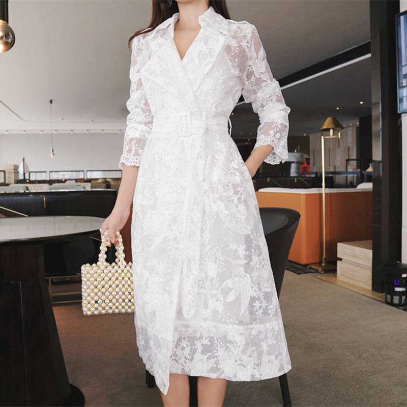 Spring Summer White Lace Embroidered   Trench   Coat For Women Fashion Elegant Long   Trench   Coat Ccasaco Feminino Windbreaker C5273