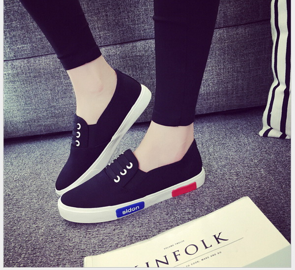 Spring summer small white shoes canvas shoes female han edition student flat  leisure shoe leather lazy lady flat shoes-in Women s Vulcanize Shoes from  Shoes 2ee99638912d