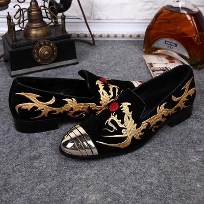 Printemps et Automne Nouveaux Produits Hommes de Chaussures Coréen de Tête Ronde Hommes Casual Oxford Chaussures En Cuir Or Brodé de Rencontres chaussures