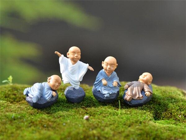 4 piezas / el pequeño monje / gnomo de jardín de hadas / - Decoración del hogar