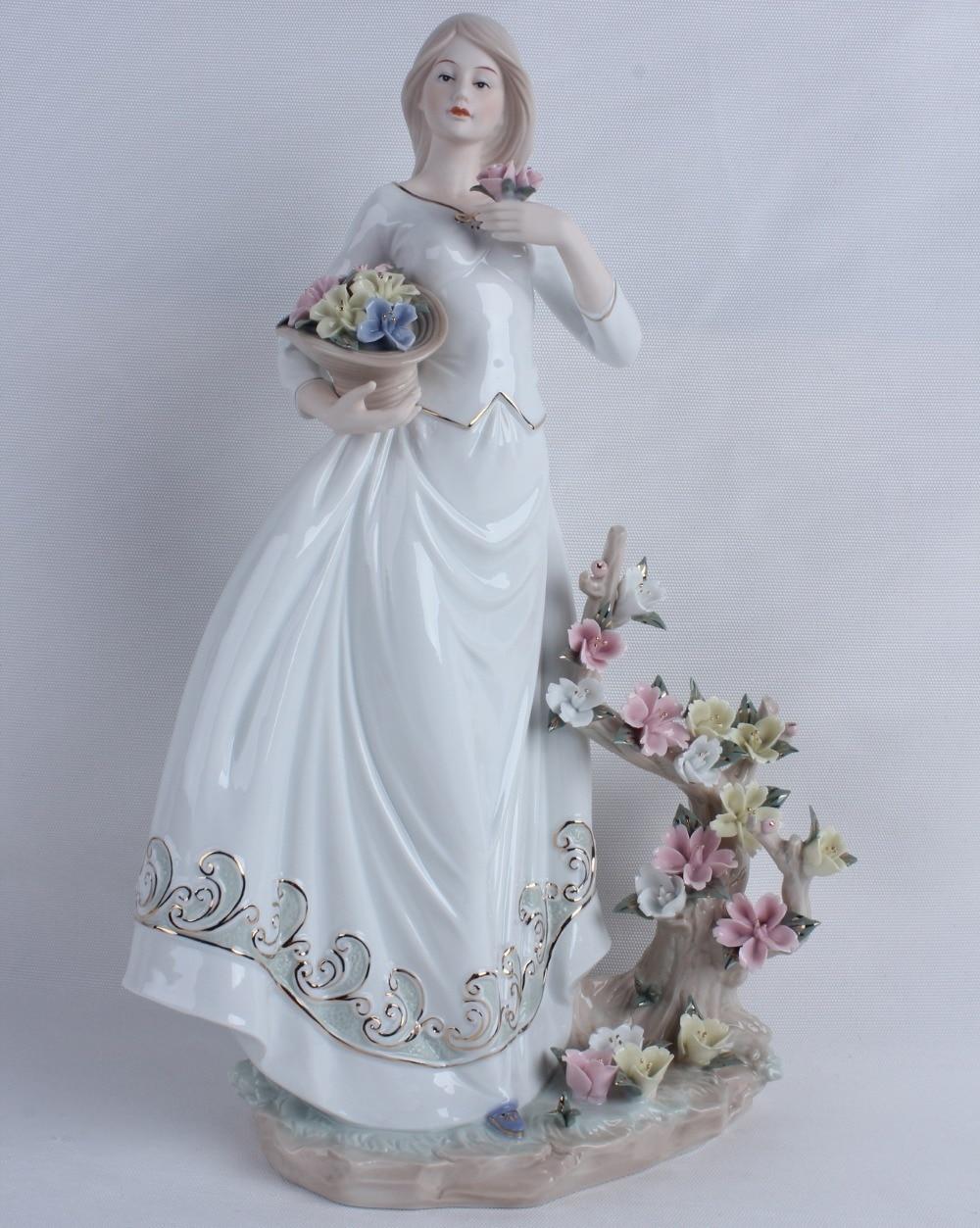 Vintage Porcelain Flower Picking Girl Miniature Statuette Handmade Ceramics Belle Figurine Decoration Craft Present Ornament
